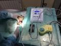 Sistema de ultrasonidos y micromotor para limpieza y pulición dental